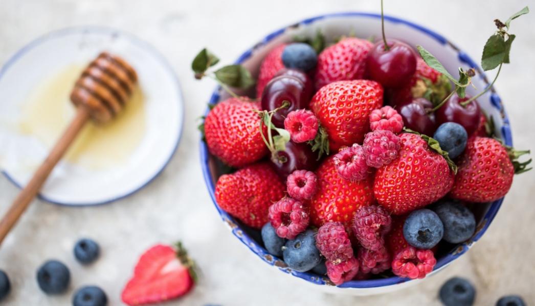 Cream of Honey with Raspberries