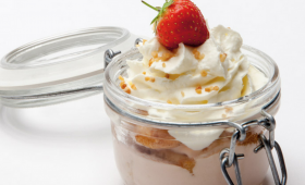 Strawberry Tiramisu with Elderberry Cream