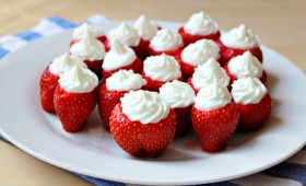 Cheesecake Whipped Cream Stuffed Strawberries