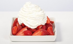 Marinated Strawberries with Cream